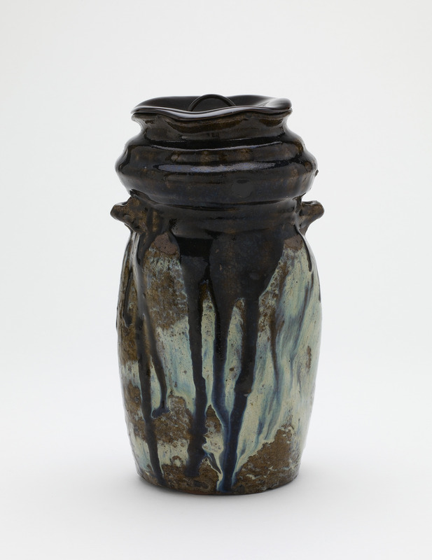 Vase, with lacquer lid for use as tea ceremony water jar