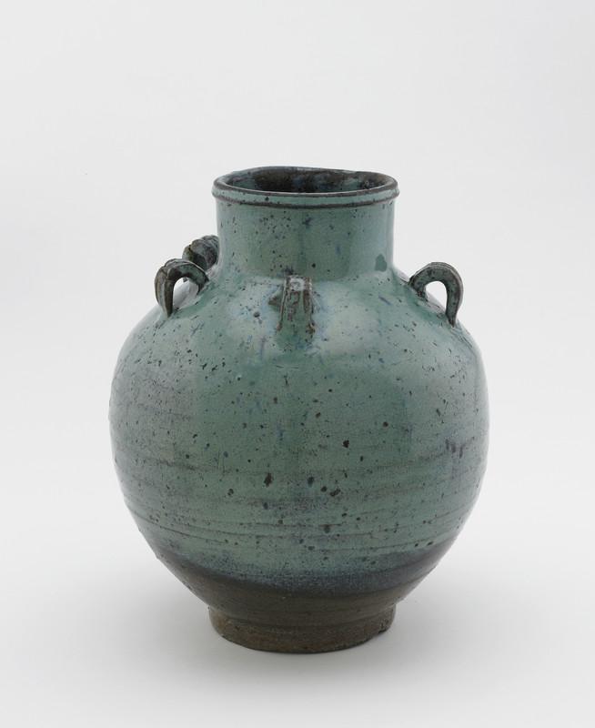 Tea-leaf storage jar with five lugs