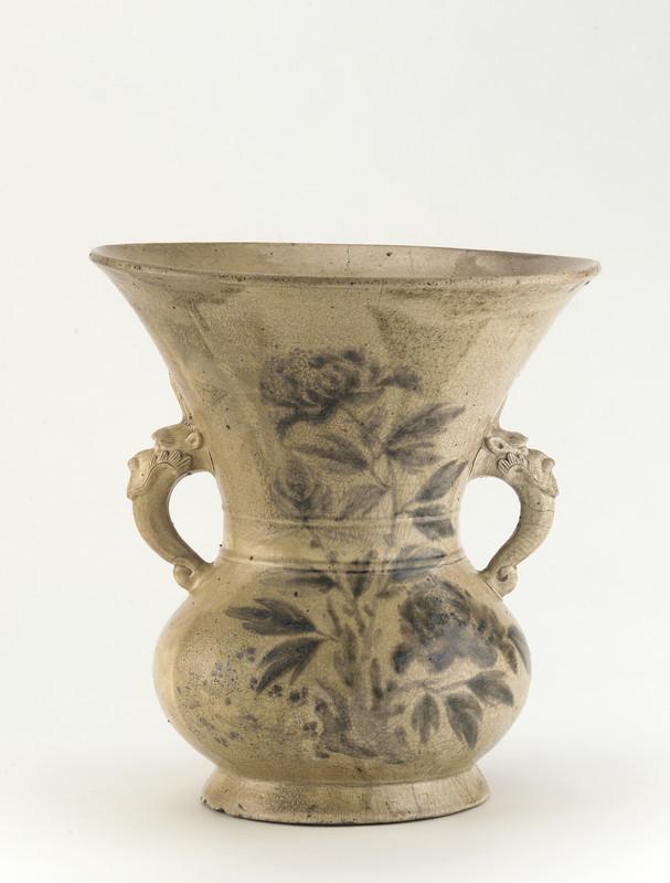Vase with design of peonies