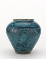 Jar with design of phoenix and dragon