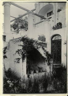 View of Villa Castello in Capri